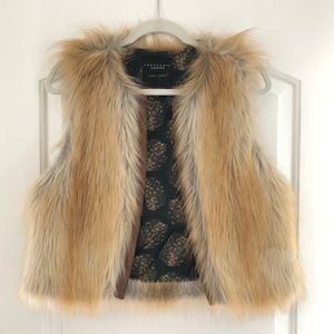 Sanctuary Faux Fur Vest (M)